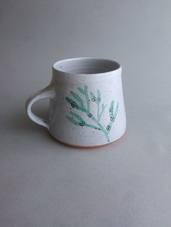 Chalk grey mug with sea green bladderwrack illustration